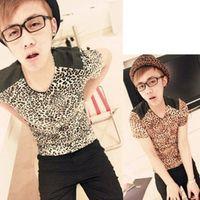 2014 Korean Stylish Men's Casual Sexy Leopard Printed T-Shirt Slim Fit V-Neck