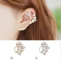Free shipping Korea style women's pearl crystal earring clip star fashion ear bone clip no pierced earring clip wholesale