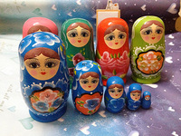 Beautifully Matryoshka doll set features five-layer paint crafts Overseas Crafts Russian specialties