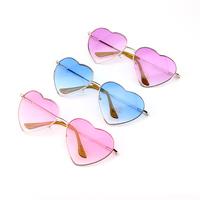 2014 Sunglasses Women Brand Designer Urban Outfitters Luxury Retro Heart Shaped Glass Metal Wrap Oculos De Grau Sol Femininos