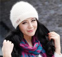 Free Shipping Fur ball  Hot Sale Fashion Knitted  Women Beanie Girls Autumn Casual Cap Women's Warm Winter Hats Beanies