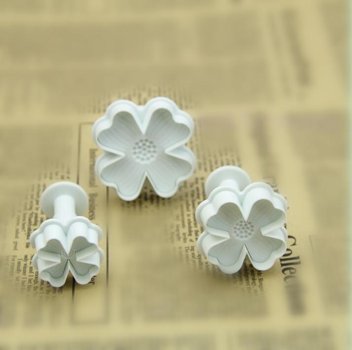 New Arrive 3pcs Flower Cake Decorating Tool Fondant Cake Decoration Plunger Cutter Sugar craft 01102(China (Mainland))