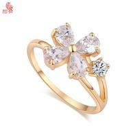 New Arrival  Fashion 18K Gold Plated Crystal Flower Wedding  Luxury  Ring For Women High Quality KUNIUJ1526