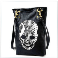Priced at wholesale new handbag retro black skull Vertical square shoulder bag handbag trend personality