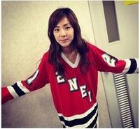 2NE1 Park Spring Roommate same paragraph sweater Dara hit song  lovers sweater clothing for men and women kpop sweatshirt hoodie