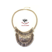 XL33188 Act the role of article 21 in Europe and America brand tassel crescent hollow out short necklace