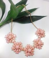 2014 PINK Necklaces & Pendants Hot Sale Transparent Big Resin Crystal Flower Vintage Choker Statement Necklace Fashion Jewelry