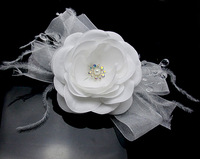 """5PX 4"""" Blooming Silky white Flower with Ostrish Feather Crystal Pearl Hair Clip Hair Pin wedding Bridal Bridesmaid Party"""