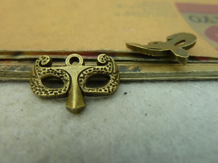 30 шт. античная бронзовая фокс маска очарование DIY изготовление ювелирных изделий