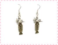 Nap time lazy cat fish bone earring ER744