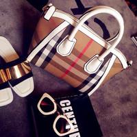 New B London brand plaid stripes rough hand dumpling bag woman handbag canvas with leather tote bag lady smiley W shape bag