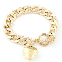 Min.Order $8.8(Mix Order) NEW 2014 Korea Fashion Women Jewelry Heart Pendant Gold Metal Chain Alloy Bracelet FB0027