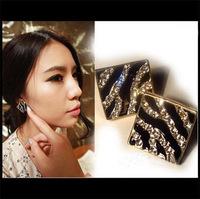 Fashion Jewelry Zebra-stripe Stud Earrings for Woman Free Shipping