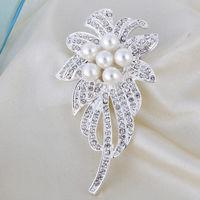 Free Shipping Women Christmas Gift Fashion Alloy Brooch Silver Crystal Jewelry Rhinestone Brooch Women Brooch For WeddingYB-017