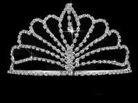 Fashion show etiquette European crown crown tiara Daihatsu models lily bloom bridal crown