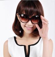 Genuine anti ultraviolet polarizing sunglasses female 2014 new trendsetter Sunglasses retro glasses star style big box