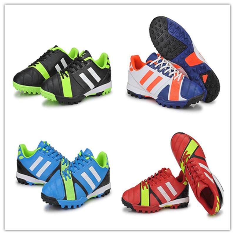 4 cores de plástico profissional chuteira de futebol chuteiras de futebol sapato sapatos unhas esportes soes futebol frete grátis(China (Mainland))