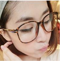 Retail 1PCS Vintage Leopard eyeglasses frame Women Mellow classic Glasses Metal inlay  Repair face
