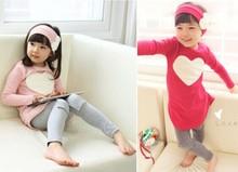 una nueva generación de grasa 2014 primavera modelos niños niñas amor tres- pieza largo- manga traje precioso ropa ordinaria(China (Mainland))