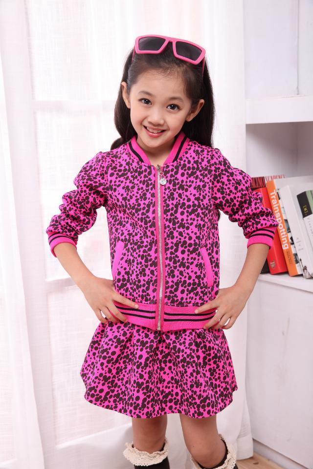 New girls cothing set Top quality Space Cotton Korean version print kids clothes sets Children dresses suit free shipping(China (Mainland))