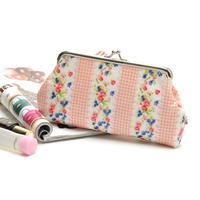 2014 Cute floral water proof  Cosmetic Cases Purse Free shipping/ Nuevo bonito bolso de maquillaje monedero  Envio gratis