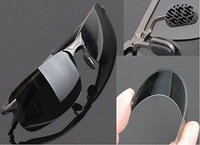 Hot Man's Sunglasses Polarizer Male Trendsetter Driving Mirror Glasses MZX-2154