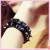 Christmas gift for lovers fashion black leather rivet bracelet couple bracelet
