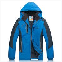 2014 new autumn and winter outdoor men jacket, warm Mens Jackets windproof, waterproof men's jacket free shipping