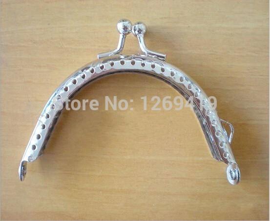 20PCS Smooth Coin Purse Frames 8.5cm Silver Purse Metal Frame Kiss Clasp DIY Sew Bags Clutch Accessories Sewing Handbag Handle(China (Mainland))