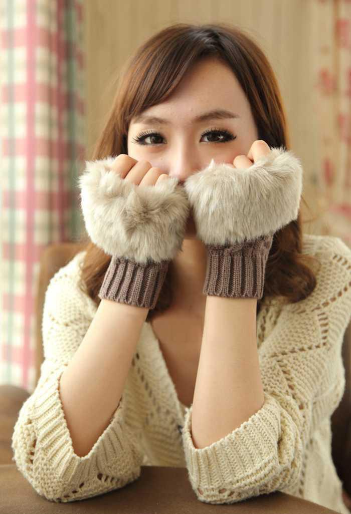 Women Handmade knitted gloves Trendy Korean lady winter keyboard gloves half palm imitation rabbit fur hand-knitted wool gloves(China (Mainland))