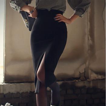 фото вырез в юбке красивые ножки