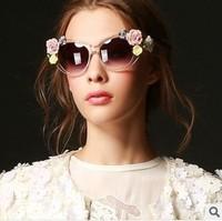 7 colors 2014 new vintage Baroque flower women's sunglasses stereo rose beach sunglasses summer personalized Uv 400 sunglasses