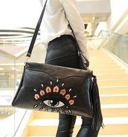 Fashion Unique Ethnic Design Women Leather Vintage Tassel Shoulder Messenger Clutch Bolsa Pequena With Fringe  Bolsas Pochette