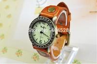Wholesale Retro Fashion Quartz Watches Vintage Leather Fashion Watch Casual Lady Wristwatches New Hours