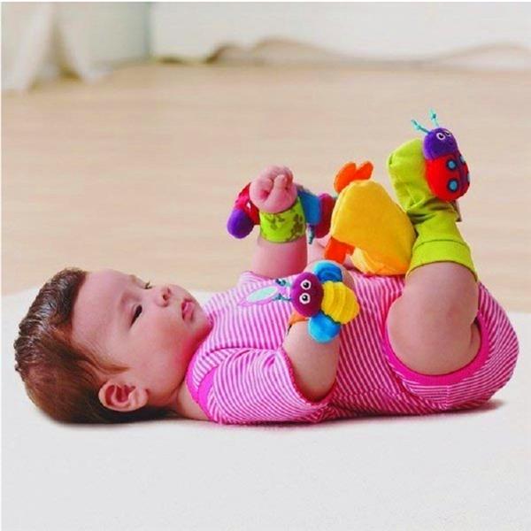 de 4 pcs pulseira infantil bebê meias pé chocalhos de desenvolvimento ladybird+honeybee brinquedo macio(China (Mainland))