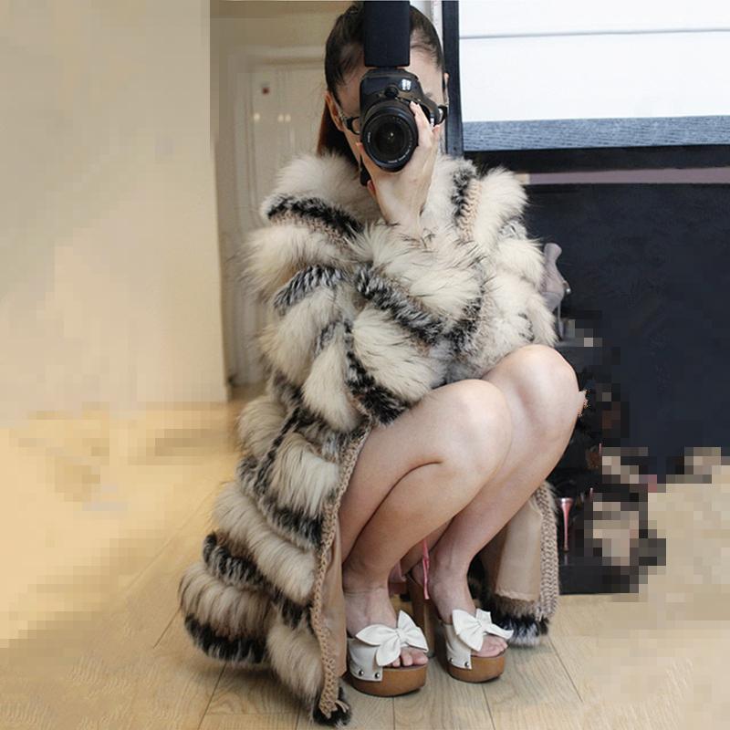 Женская одежда из меха ,