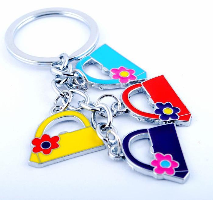 Free shipping 2014 llavero creative keychain wholesale personalized bag joyas creative metal souvenir fashion women bag chain(China (Mainland))