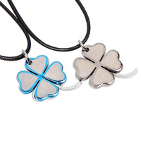 Yiwu fashion accessories double color Lucky Clover Necklace lovers fashion Imitation Titanium Necklace Pendant