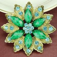 New Korean High-grade Pin Scarves Flowe Medal Scarf Buckle Rhinestone Brooch Crystal Brooch Wholesale