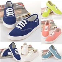 New CHIC! Sneakers Low Style Lace Up Canvas Shoes Classic Fashion Boarding Sport Shoes Tennis Plimsoll Women Sneakers W2053