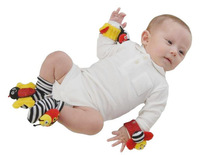 Cute Baby Rattle Bebe Baby Christmas Toys Gift Plush Garden Bug 2 Wrist Rattle+2 Foot Socks Educational soft Toys Free Shipping