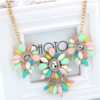 Ethnic Flower Resin Gem Gold Drop Collar Choker Bib Statement Necklaces & Pendants New 2014 Fashion Jewelry Women Wholesale N178
