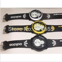 New Fashion AD Watch Wristwatches Girl Ladies Clover Silicone Watch Quartz 3 Leaf Grass Leisure Sport Watch