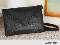 Explosion models handbags skull rivet pu shoulder bag diagonal package envelope package&Retro wild wave packet
