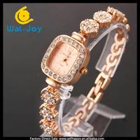 alibaba express hot sale vogue pretty King girl women bracelet watch(WJ-2664)