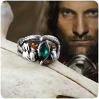 Classic Ring the Lord of the Rings Vintage Retro Aragorn Barahir Silver Plated Green Crystal Ring Punk Style Men Jewelry