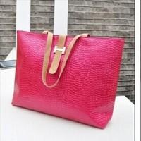 2014 Hot crocodile pattern retro portable shoulder bag bag
