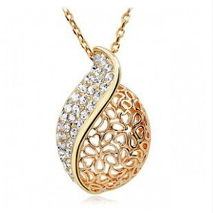 Fashion Women Lover Hollow Leaf Gold Plated Rhinestone Necklace Jewelry N125 10g