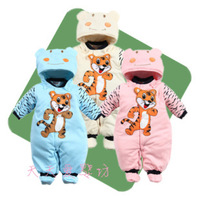 Winter hot models models cotton coveralls newborn baby clothing baby coveralls out the full moon suits bb shirt
