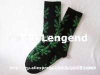 HOT SALE Fashion man's women SOCKS  snowflake sock sports fashion boy girl hip-hop Skateboard socks  100 colors